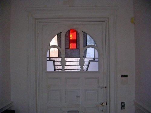 z 14 deuren en glaswanden