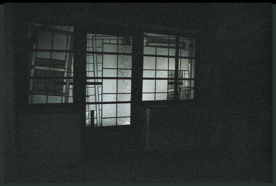 z 2 deuren glaswanden